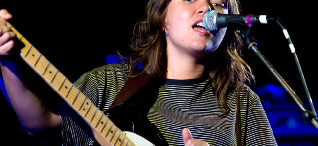 In Words: Courtney Barnett + D.D Dumbo + Mosman Alder @ The Zoo, 11.10. 2014