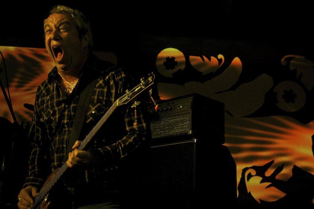 Mike Watt & the Missingmen - 2011-10-21 Supersonic Festival, Birmingham – Greg Neate, www.neatephotos.com