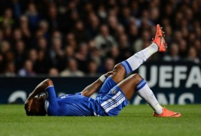 didier-drogba-chelsea-dive-playacting-cropped