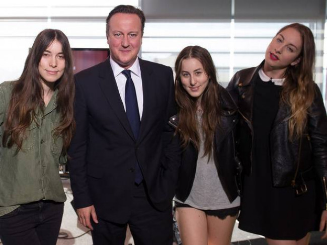 THE ALTERNATIVE REVIEW | Haim – Days Are Gone (Columbia)