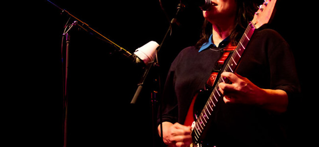 In Photos: The Breeders + Screamfeeder @ The Tivoli, 29.10.2013